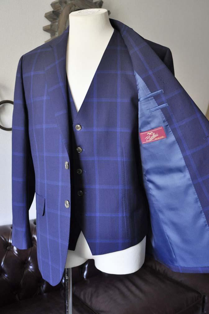 DSC0729-1 お客様のスーツの紹介- Biellesi ネイビーウィンドペン スリーピース-