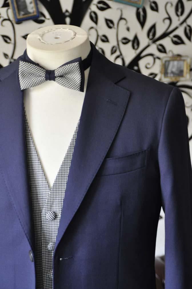 DSC0735-5 お客様のウエディング衣装の紹介- Biellesi無地ネイビースーツ 千鳥格子ベスト- 名古屋の完全予約制オーダースーツ専門店DEFFERT