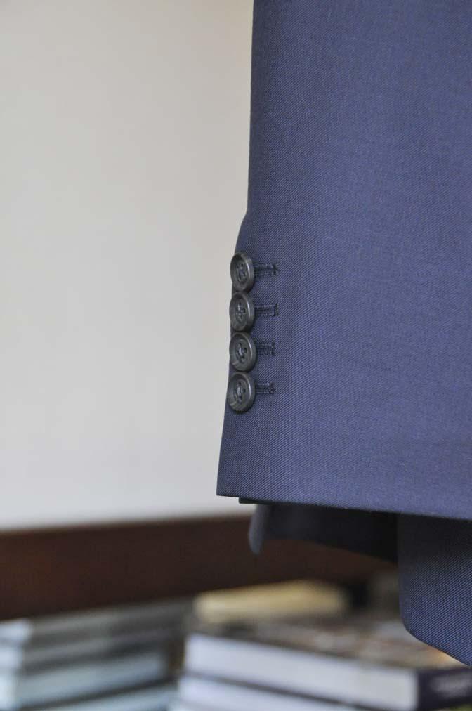 DSC0738-3 お客様のウエディング衣装の紹介- CANONICO無地ネイビースーツ グレーベスト-