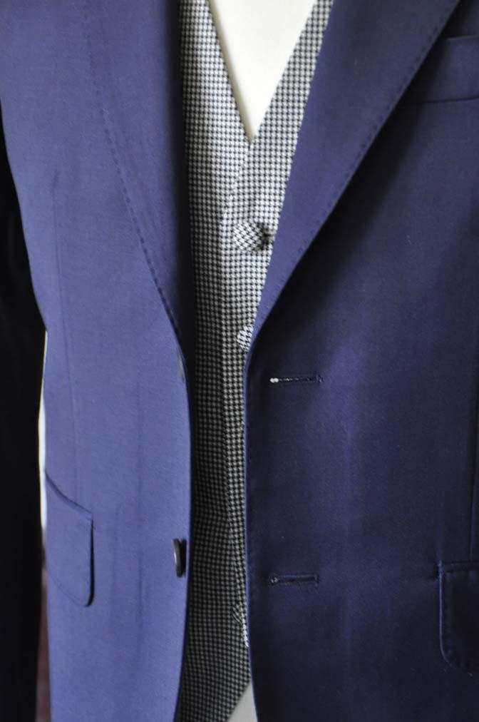 DSC0738-4 お客様のウエディング衣装の紹介- Biellesi無地ネイビースーツ 千鳥格子ベスト- 名古屋の完全予約制オーダースーツ専門店DEFFERT