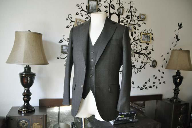 DSC0744-2 お客様のスーツの紹介-REDA グリーンチェックスリーピース-