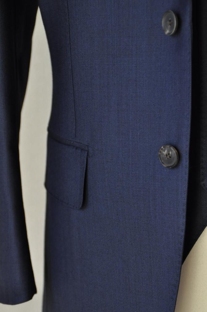 DSC0748 お客様のスーツの紹介-DORMEUIL KRONO 無地ネイビースリーピース-