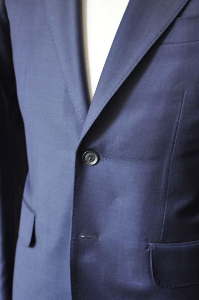 DSC0749-1 お客様のスーツの紹介- CANONICO無地ネイビー スリーピース-
