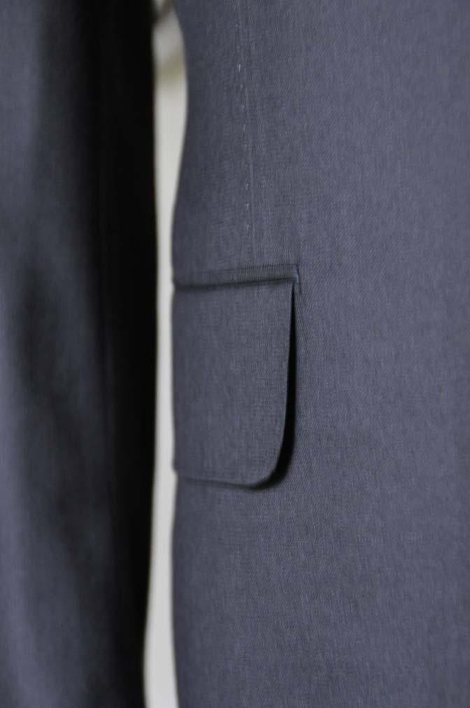 DSC0749 お客様のスーツの紹介- CAVENDISH ダークネイビー スリーピース-