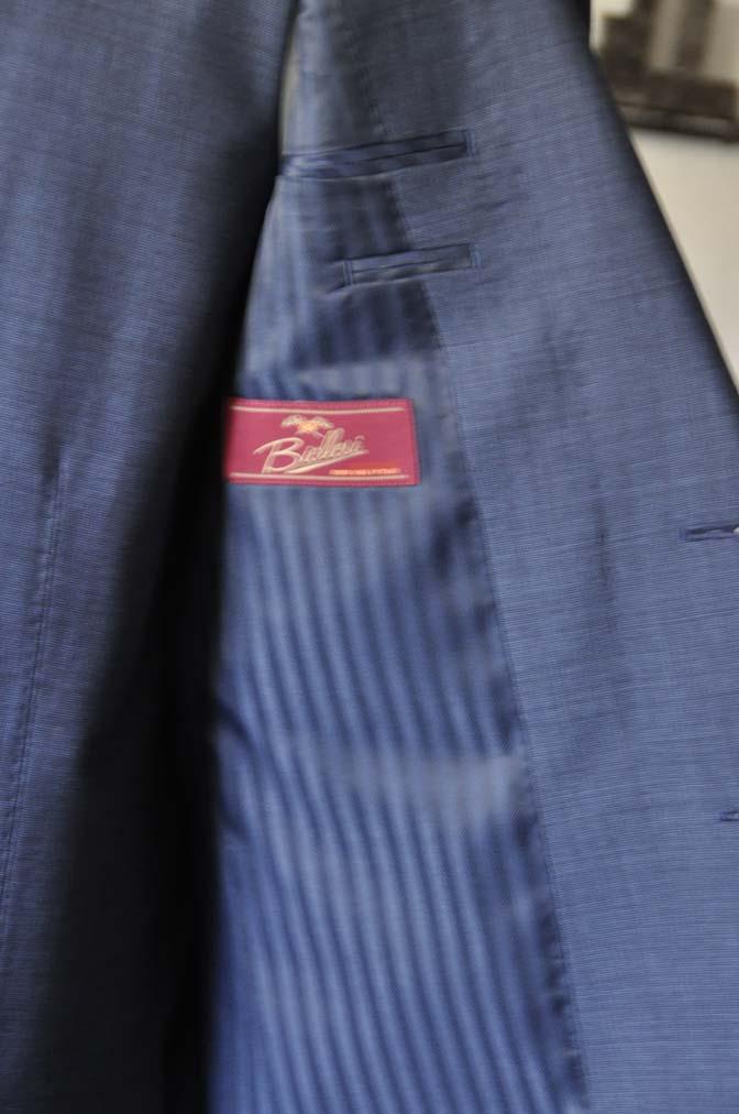 DSC0751-1 お客様のスーツの紹介- Biellesi 無地ネイビースリーピース- 名古屋の完全予約制オーダースーツ専門店DEFFERT