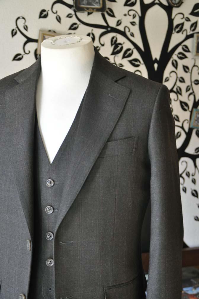 DSC0753-4 お客様のスーツの紹介-REDA グリーンチェックスリーピース-