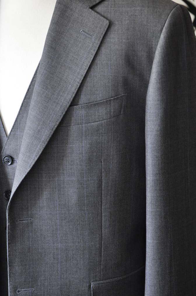 DSC0754-4 オーダースーツの紹介-Biellesi 無地グレースリーピース- 名古屋の完全予約制オーダースーツ専門店DEFFERT