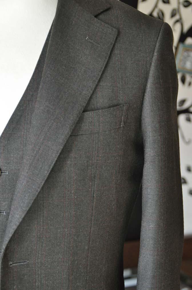 DSC0755-2 お客様のスーツの紹介-REDA グリーンチェックスリーピース-
