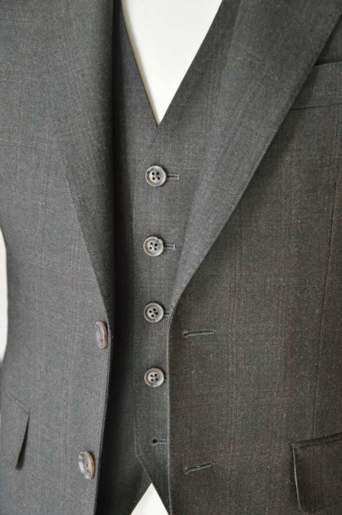 DSC0756-2 お客様のスーツの紹介-REDA グリーンチェックスリーピース-