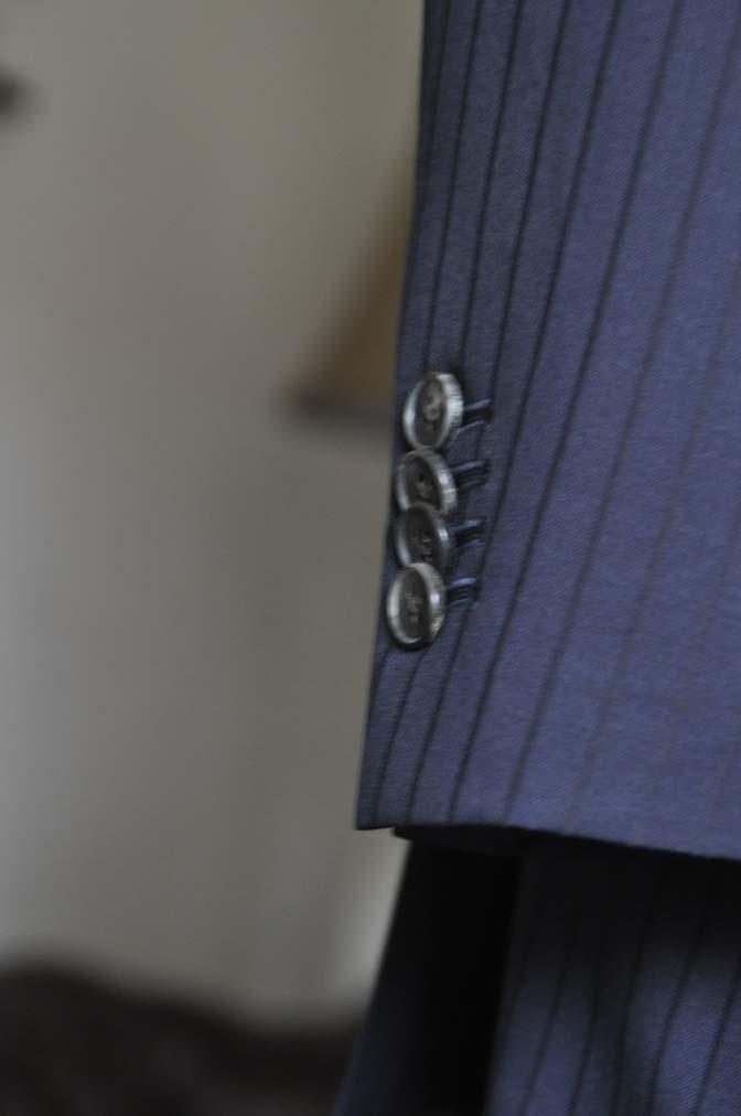 DSC0761-1 お客様のスーツの紹介- CANONICOネイビーストライプ スリーピース-