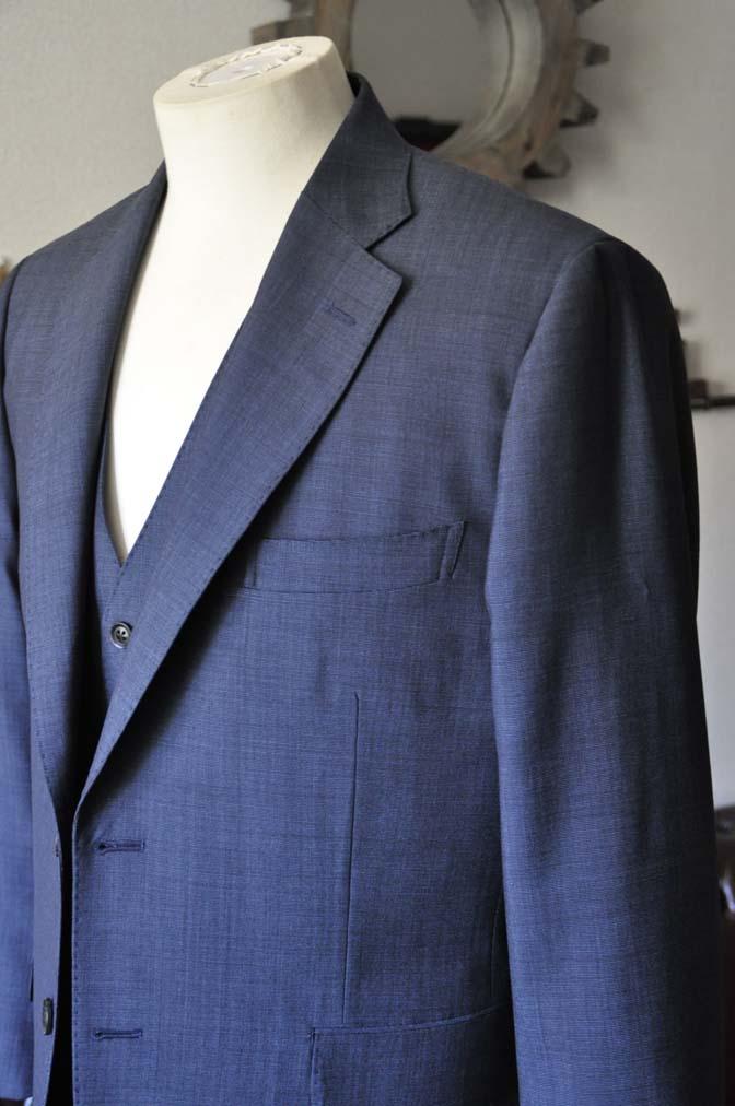 DSC0763-1 お客様のスーツの紹介- Biellesi 無地ネイビースリーピース- 名古屋の完全予約制オーダースーツ専門店DEFFERT