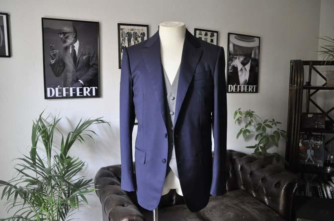 DSC0771 お客様のウエディング衣装の紹介-Biellesi無地ネイビー グレーベスト/グリーンチェックベスト-
