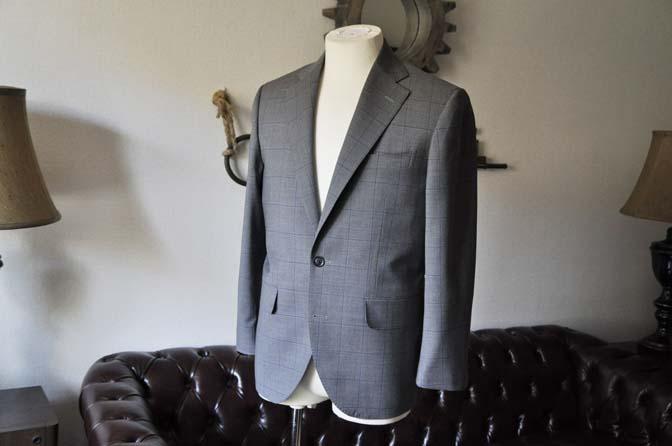 DSC0773-1 お客様のスーツの紹介- Biellesi グレーウィンドペン-
