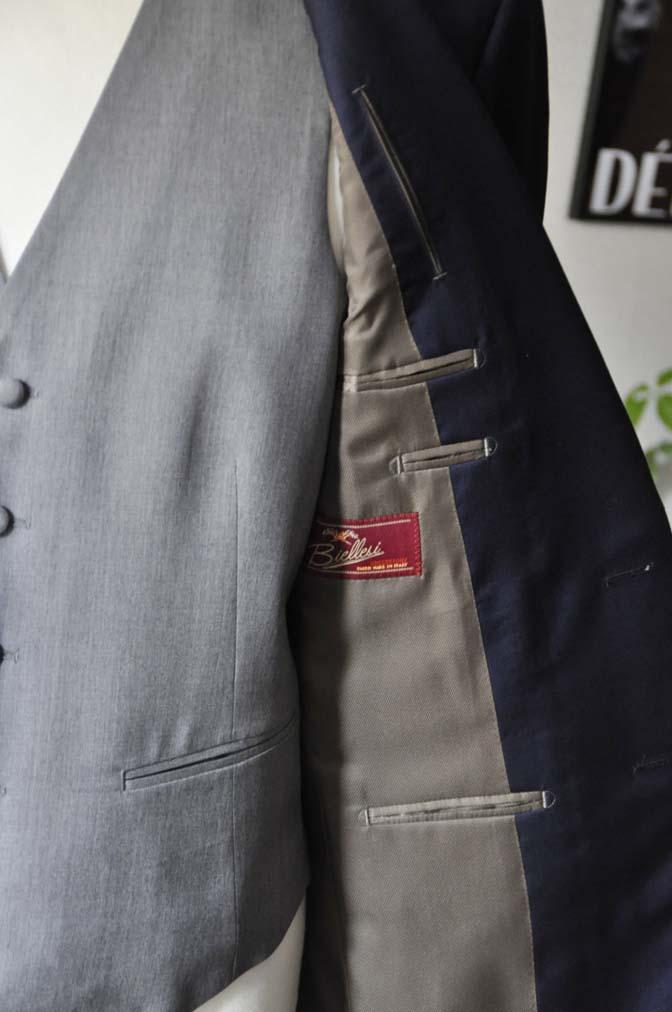 DSC0774 お客様のウエディング衣装の紹介-Biellesi無地ネイビー グレーベスト/グリーンチェックベスト-