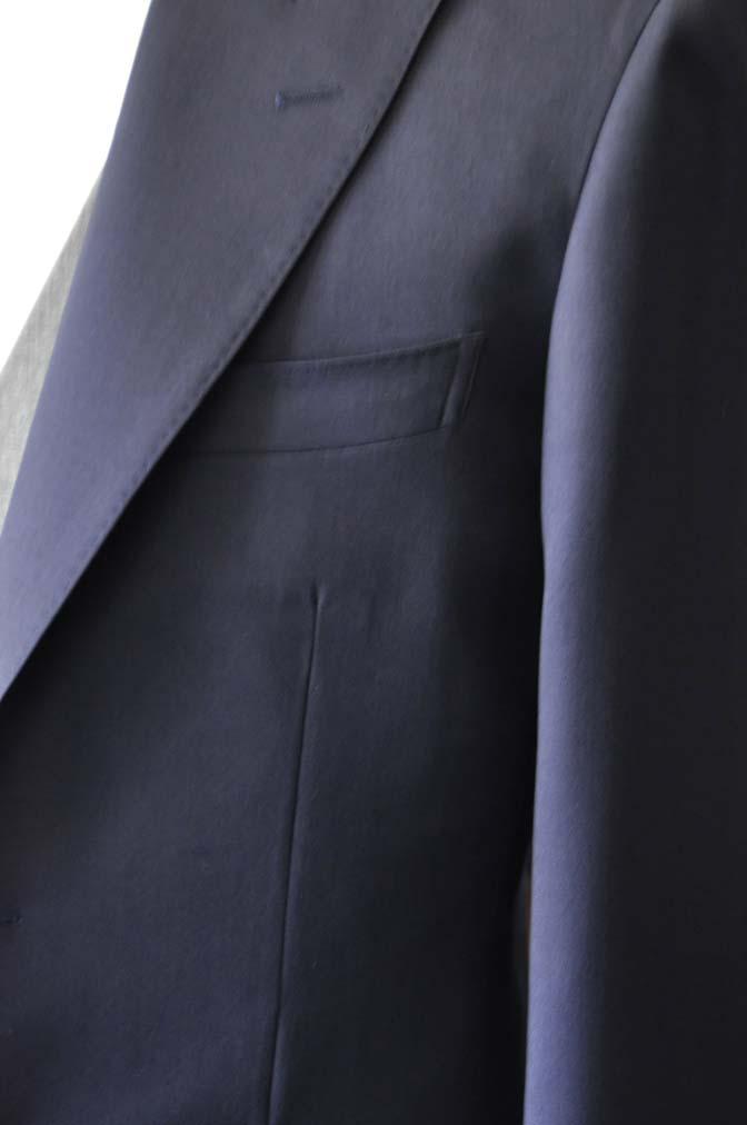 DSC0775-3 お客様のウエディング衣装の紹介- Biellesi無地ネイビースーツ ライトグレーベスト-