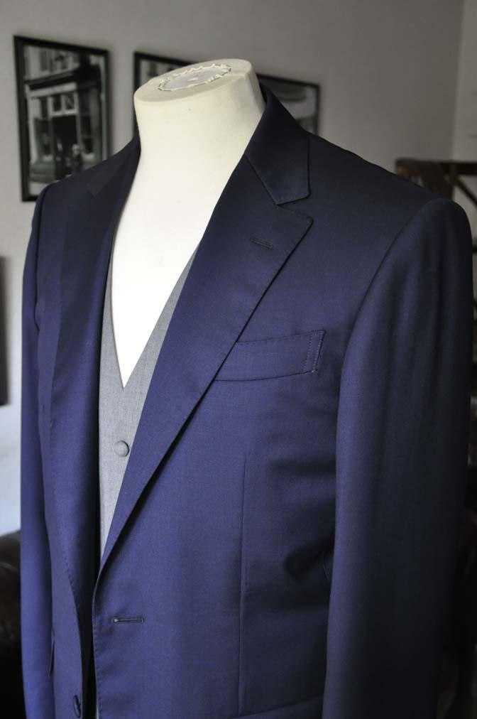 DSC0775 お客様のウエディング衣装の紹介-Biellesi無地ネイビー グレーベスト/グリーンチェックベスト-