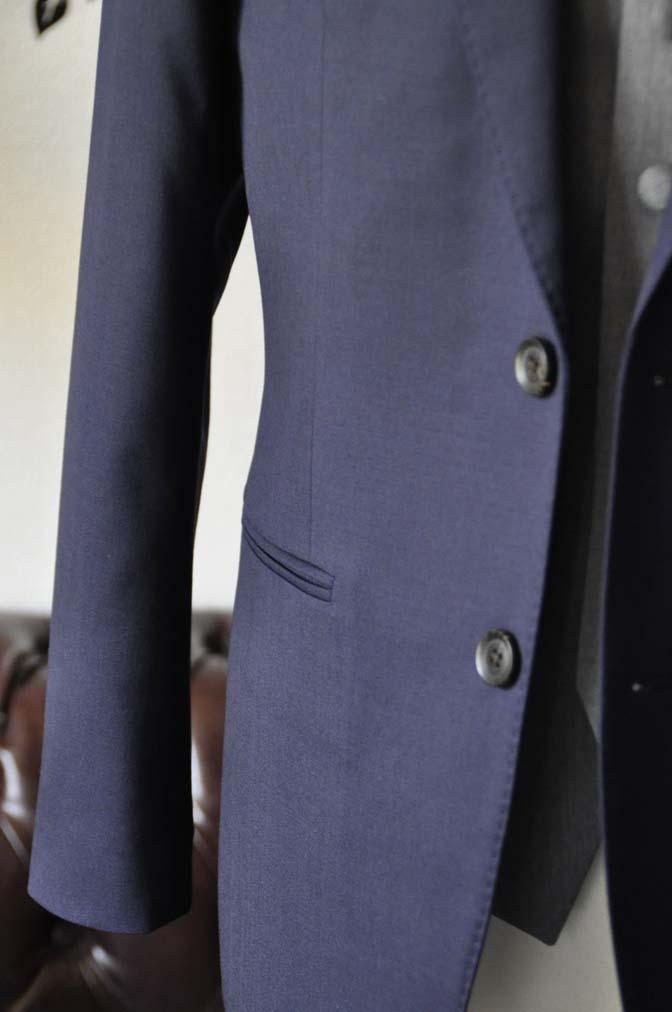 DSC0778-2 お客様のウエディング衣装の紹介- Biellesi無地ネイビースーツ ライトグレーベスト-