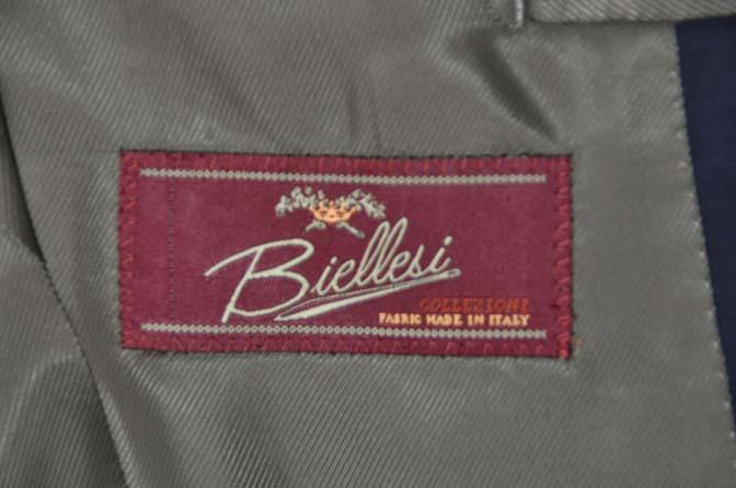 DSC07811 お客様のウエディング衣装の紹介-Biellesi無地ネイビー グレーベスト/グリーンチェックベスト-