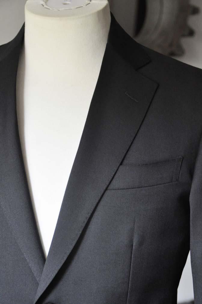 DSC0788-1 お客様のスーツの紹介- Biellesi ブラックスーツ-