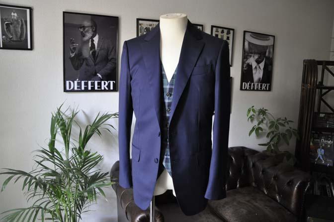 DSC07882 お客様のウエディング衣装の紹介-Biellesi無地ネイビー グレーベスト/グリーンチェックベスト-