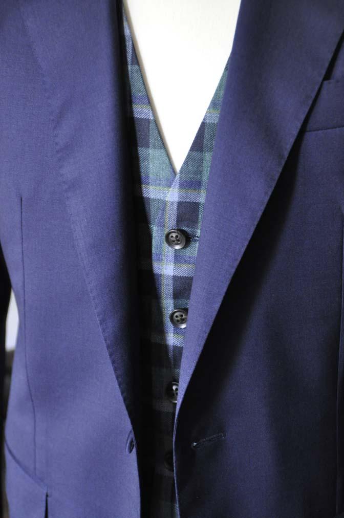 DSC07912 お客様のウエディング衣装の紹介-Biellesi無地ネイビー グレーベスト/グリーンチェックベスト-