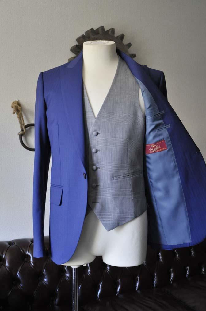 DSC0795-1 お客様のウエディング衣装の紹介- Biellesi ネイビーヘリンボーンスーツ グレーグレンチェックベスト-