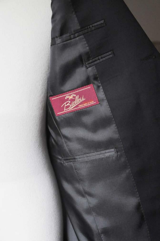 DSC0795-2 お客様のスーツの紹介- Biellesi ブラックスーツ-