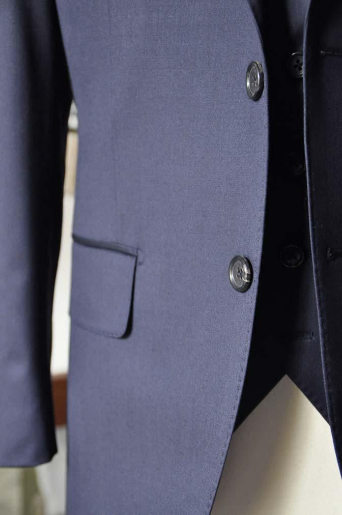 DSC0803-2 お客様のスーツの紹介-Biellesi 無地ネイビースリーピース-