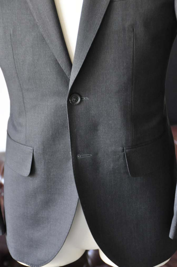 DSC0808-3 お客様のスーツの紹介-Biellesiチャコールグレースーツ-