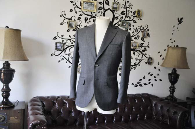 DSC0816-4 お客様のスーツの紹介-Biellesiグレーバーズアイ スーツ-