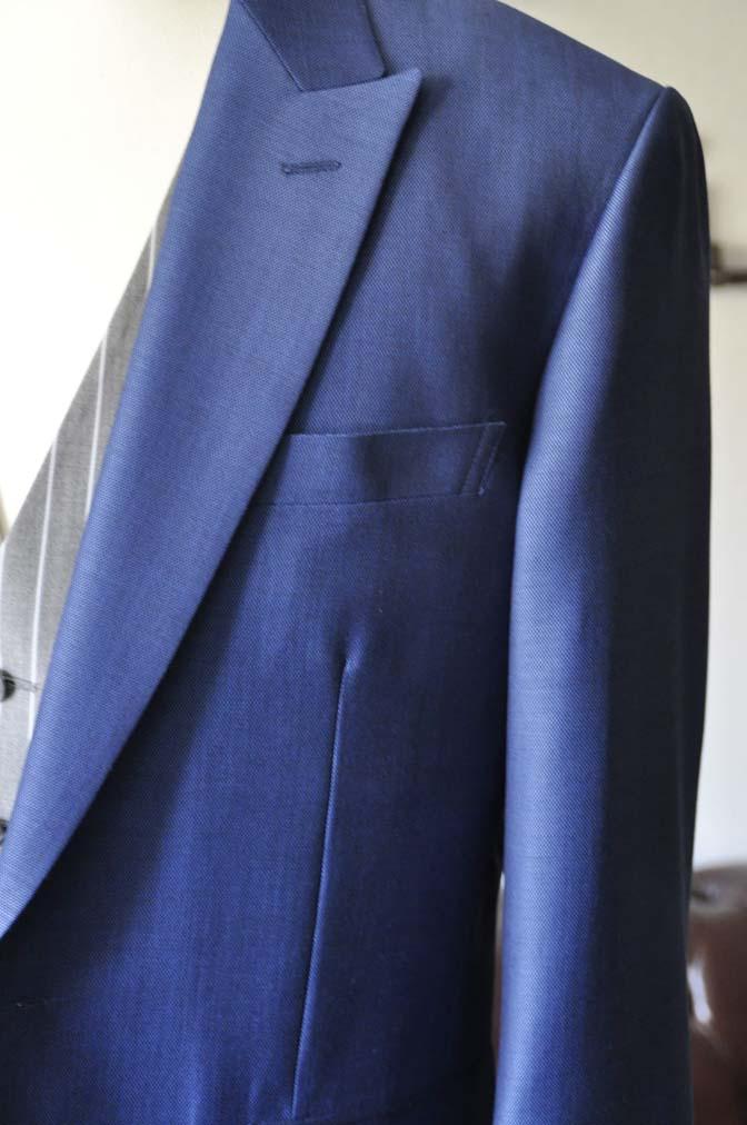 DSC0818-1 お客様のウエディング衣装の紹介-Biellesi ネイビースーツ グレーストライプベスト-DSC0818-1 お客様のウエディング衣装の紹介-Biellesi ネイビースーツ グレーストライプベスト- 名古屋市のオーダータキシードはSTAIRSへ