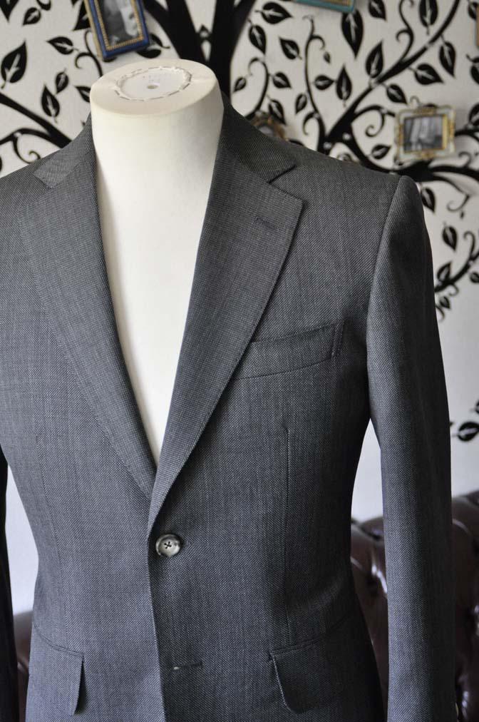 DSC0819-3 お客様のスーツの紹介-Biellesiグレーバーズアイ スーツ-
