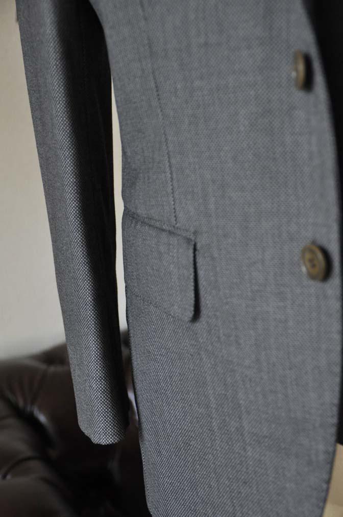DSC0819-4 お客様のスーツの紹介-Biellesiグレーバーズアイスリーピース- 名古屋の完全予約制オーダースーツ専門店DEFFERT
