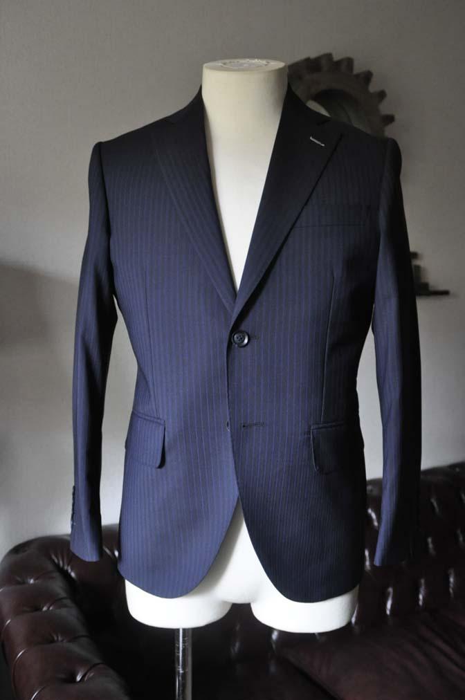 DSC0820-3 お客様のスーツの紹介- Biellesi ネイビーストライプスーツ- 名古屋の完全予約制オーダースーツ専門店DEFFERT