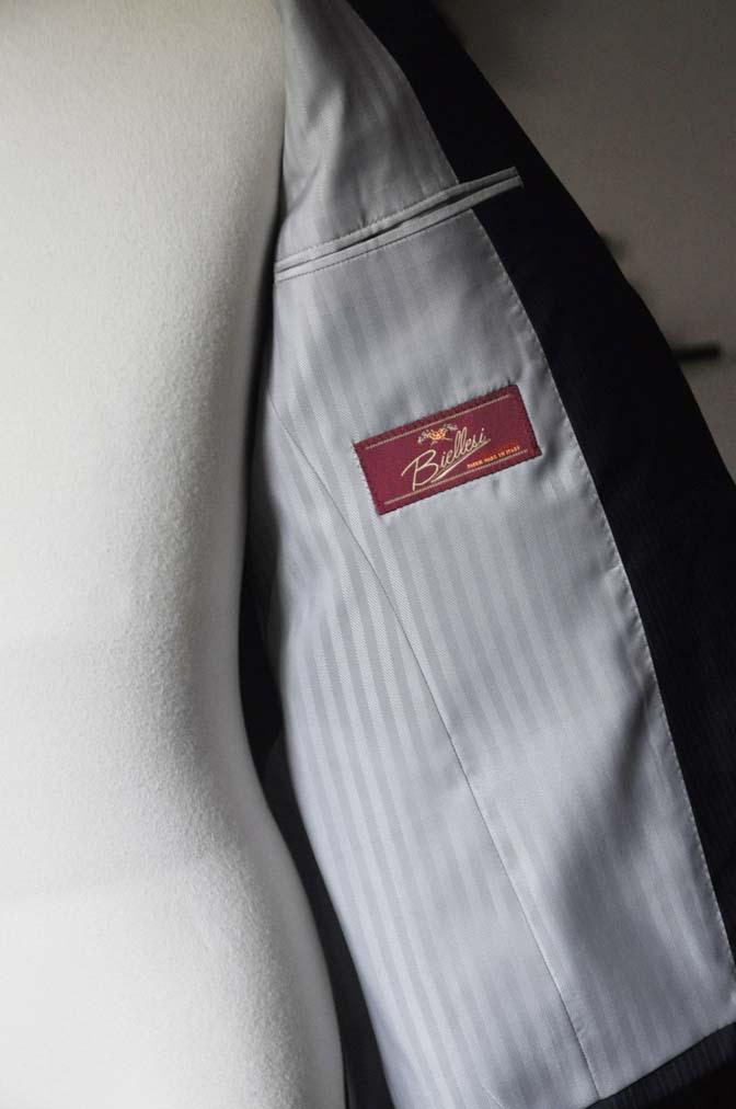 DSC0828-2 お客様のスーツの紹介- Biellesi ネイビーストライプスーツ- 名古屋の完全予約制オーダースーツ専門店DEFFERT