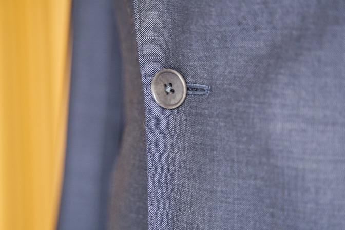 DSC08287 オーダースーツの紹介-LASSIERE MILLS  ネイビーグレーモヘア混スーツ-