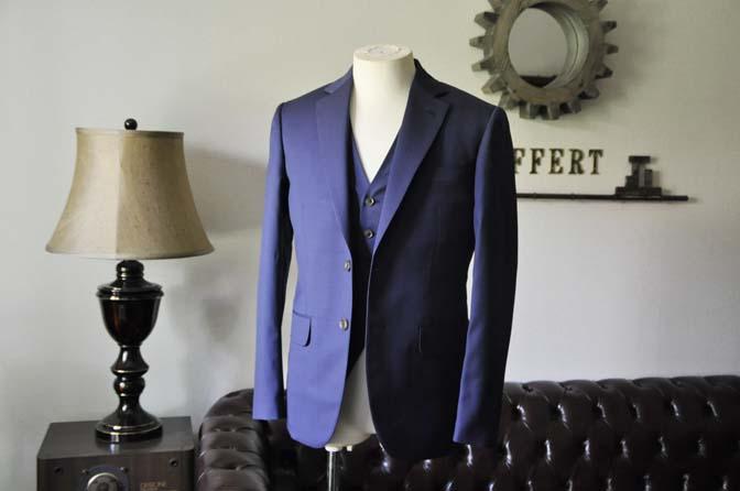 DSC0837-2 お客様のウエディング衣装の紹介-Biellesi ネイビースーツ ストライプベスト-
