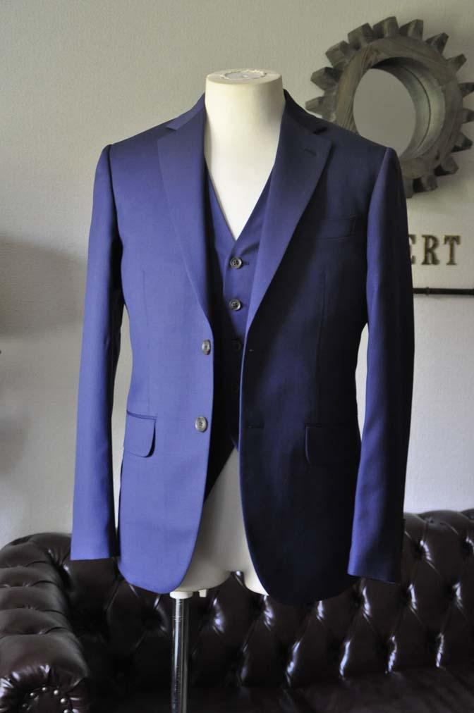 DSC0839-2 お客様のウエディング衣装の紹介-Biellesi ネイビースーツ ストライプベスト-