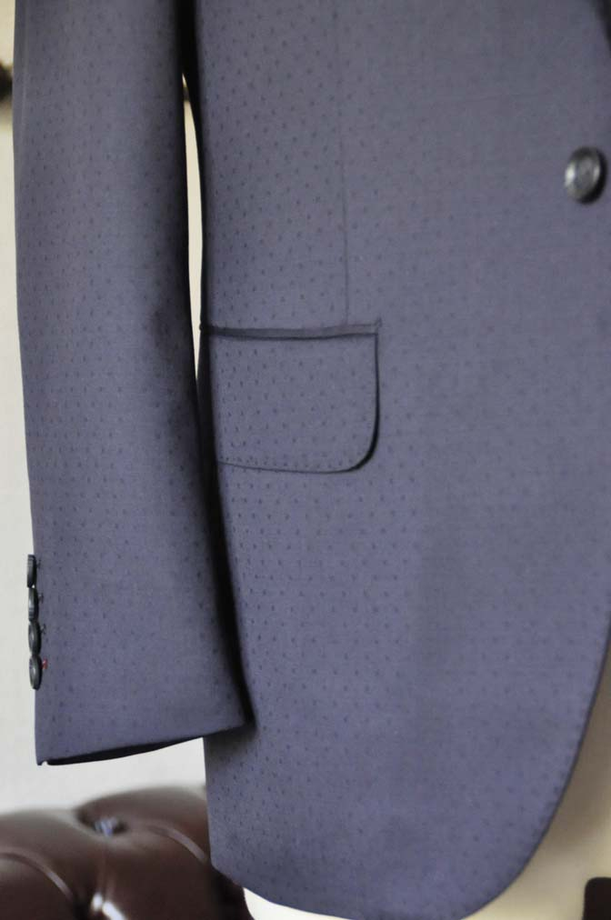DSC0843-1 お客様のウエディング衣装の紹介-Biellesi ネイビードットスーツ グレーベスト-DSC0843-1 お客様のウエディング衣装の紹介-Biellesi ネイビードットスーツ グレーベスト- 名古屋市のオーダータキシードはSTAIRSへ