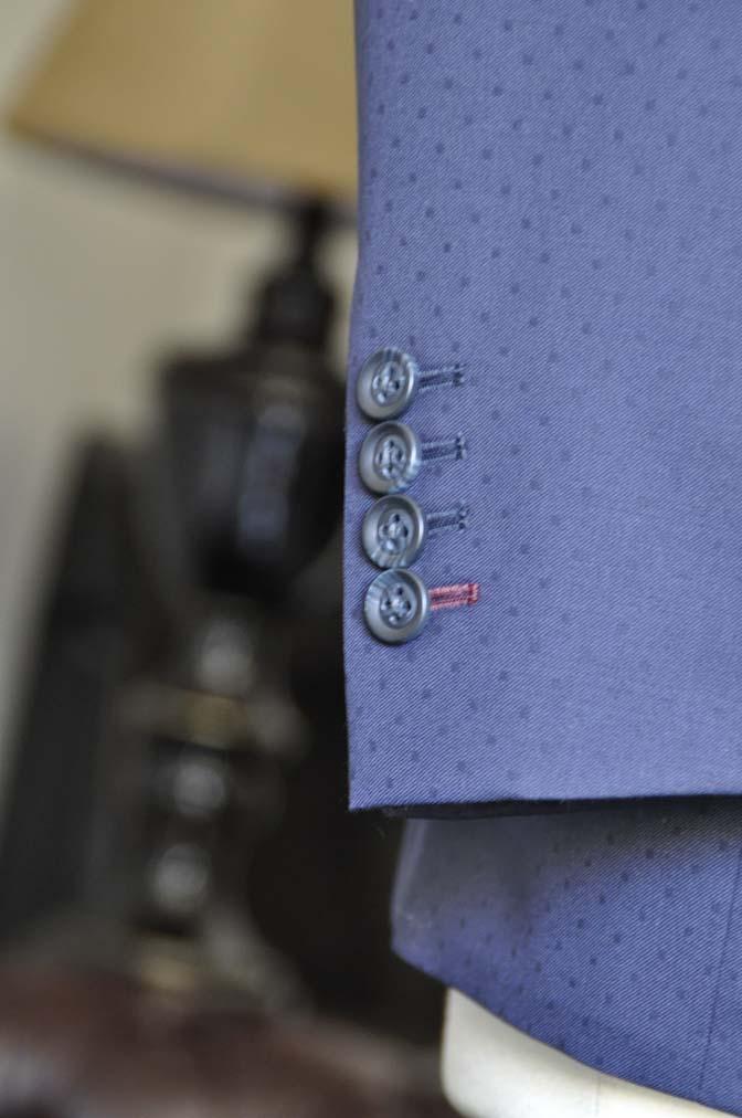DSC0844-1 お客様のウエディング衣装の紹介-Biellesi ネイビードットスーツ グレーベスト-DSC0844-1 お客様のウエディング衣装の紹介-Biellesi ネイビードットスーツ グレーベスト- 名古屋市のオーダータキシードはSTAIRSへ