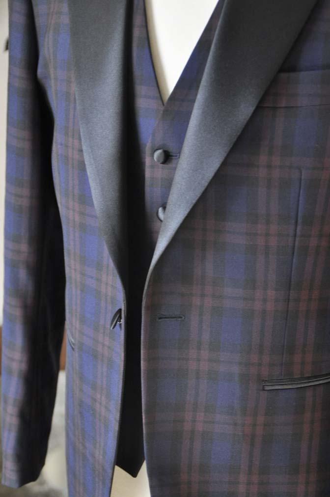 DSC0848-1 お客様のウエディング衣装の紹介- DARROWDALEネイビー/ブラウンチェックタキシードジャケット-DSC0848-1 お客様のウエディング衣装の紹介- DARROWDALEネイビー/ブラウンチェックタキシードジャケット- 名古屋市のオーダータキシードはSTAIRSへ