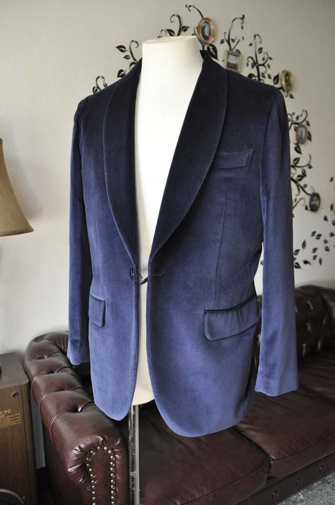 DSC0851-4 お客様のジャケットの紹介-DUGDALE ネイビーベルベットショールカラージャケット-