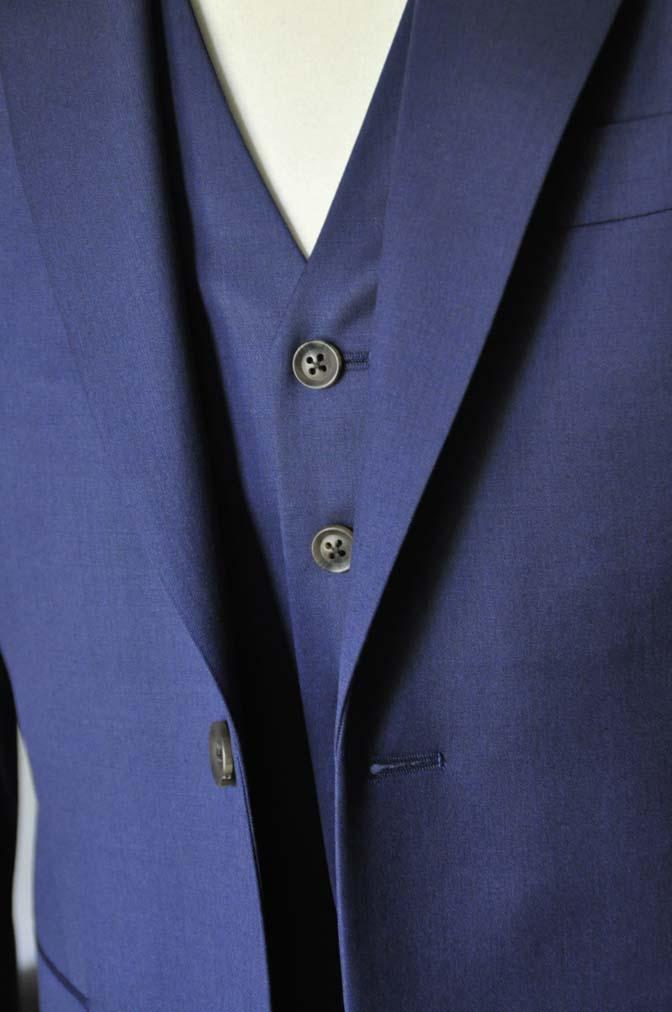 DSC0852-2 お客様のウエディング衣装の紹介-Biellesi ネイビースーツ ストライプベスト-