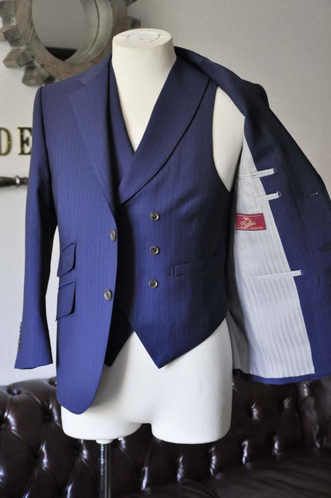 DSC0853-1 お客様のスーツの紹介- Biellesi ネイビーストライプ スリーピース- 名古屋の完全予約制オーダースーツ専門店DEFFERT