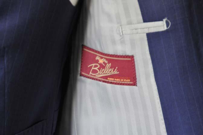 DSC0855-1 お客様のスーツの紹介- Biellesi ネイビーストライプ スリーピース- 名古屋の完全予約制オーダースーツ専門店DEFFERT