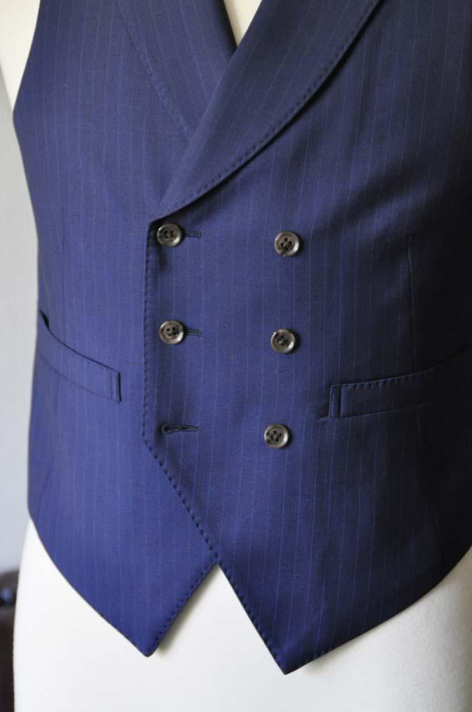 DSC0865-1 お客様のスーツの紹介- Biellesi ネイビーストライプ スリーピース- 名古屋の完全予約制オーダースーツ専門店DEFFERT