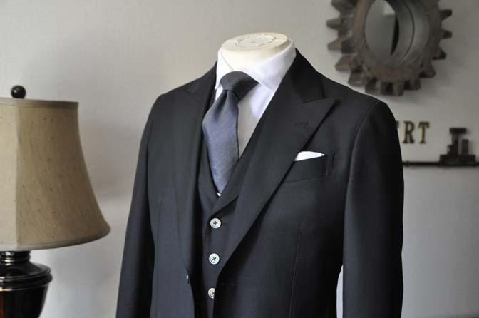 DSC0868-2 お客様のスーツの紹介 名古屋の完全予約制オーダースーツ専門店DEFFERT
