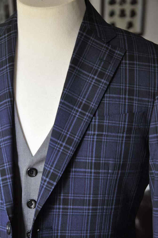 DSC08712 お客様のウエディング衣装の紹介-CANONICOネイビーチェックスーツ グレーベスト-