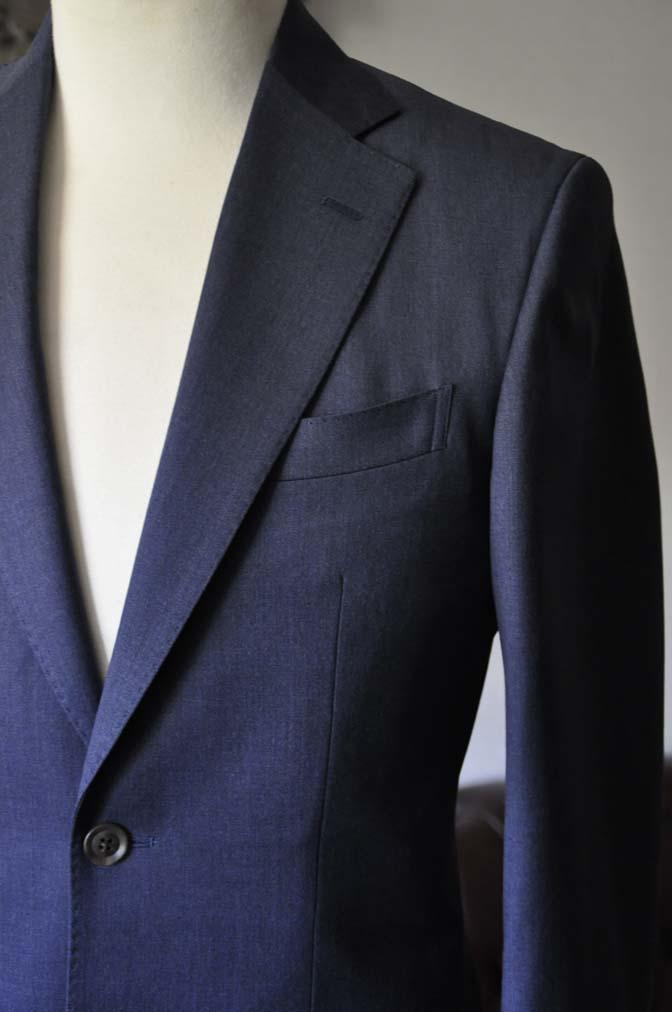 DSC0874-1 お客様のスーツの紹介- Biellesi 無地ネイビースリーピーススーツ-