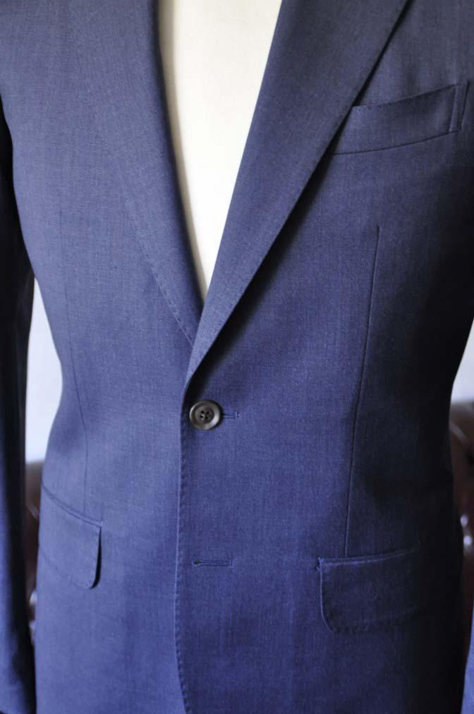 DSC0875-1 お客様のスーツの紹介- Biellesi 無地ネイビースリーピーススーツ-